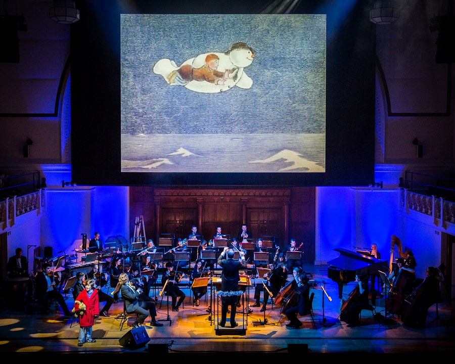 the mozart symphony orchestra perform the snowman with live film